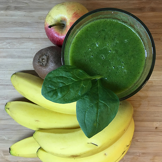 Golden-kiwi-green-smoothie