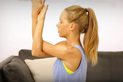 Postnatal Yoga für Arme, Schultern und Rücken